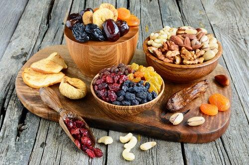 alimente cu proteine