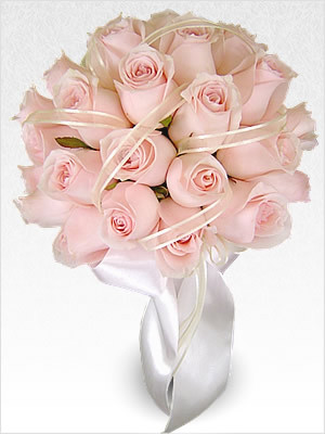 Buchet de mireasa din trandafiri roz