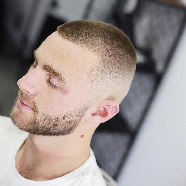 tunsori scurte barbati